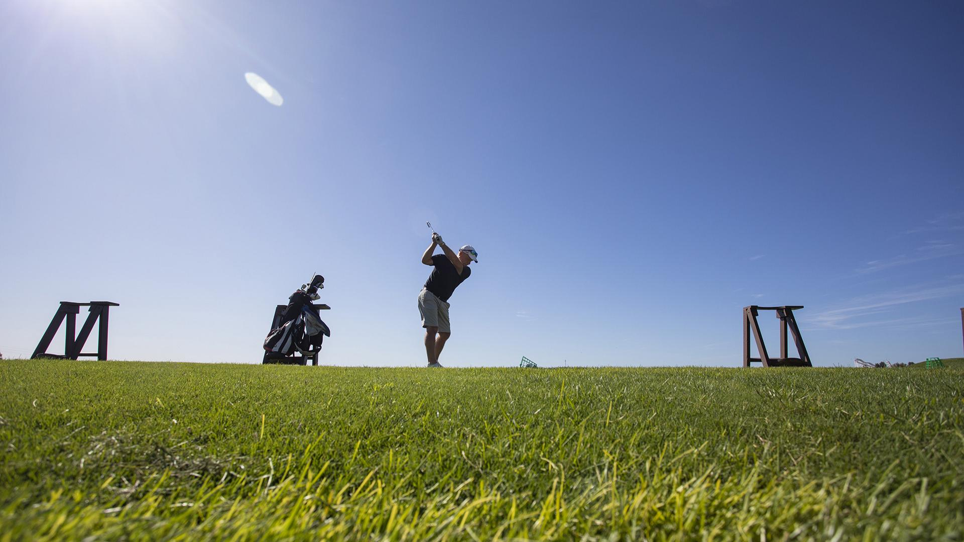 Practice your golf at our Golf Academy!
