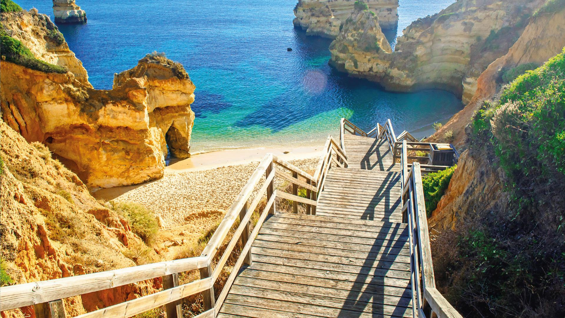 Top 10 most beautiful beaches in Algarve
